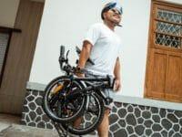 Bicicletta elettrica pieghevole