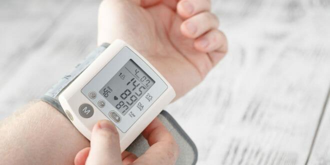 Misuratore pressione polso